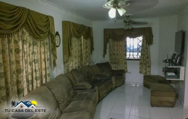 En Venta Hermosa Casa en Residencial Cerrado en Sector Hazim de San Pe