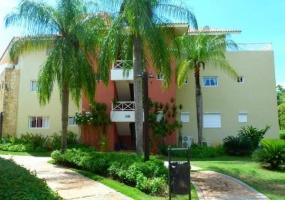 En Venta Amplio Apartamento en Los Corales Guavaberry Golf & Country C
